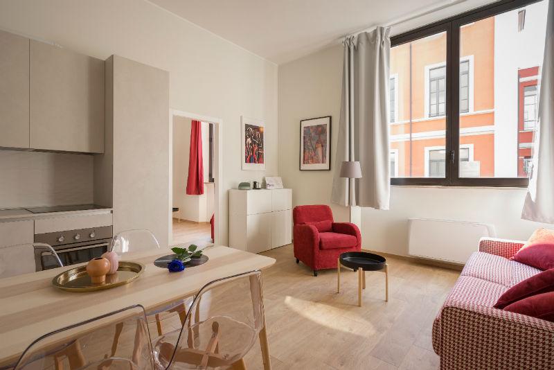 un salon aménagé par un designer d'intérieur